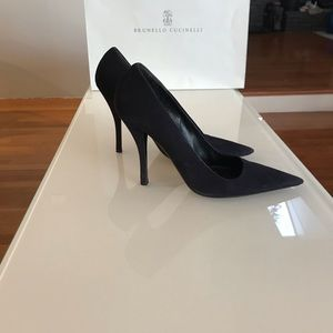 Prada suede pointy toe heels in a deep blue color